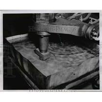1954 Press Photo Spot Welding Development by Martin Aircraft Cp., of Baltimore