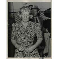 1943 Press Photo Countess Marianna Von Molke A German National - nee24069