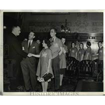 1940 Press Photo Canadian Typing Contenders in Toronto - nee23374