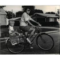 1965 Press Photo Mrs James Huggett & Cara Lynn Bicycling - nee23669