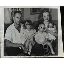 1946 Press Photo Jack Nodlams Test Pilot With Family Before Supersonic Flight