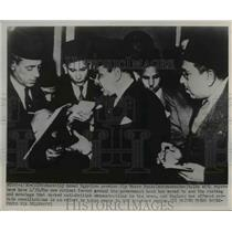 1952 Press Photo Egyptian Premier Aly Maher Pasha Talks T Reporters - nee26467