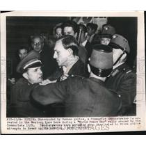 1949 Press Photo Communist Demonstrator Surrounded by German Police - nee27485