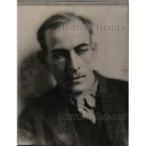 1920 Press Photo James Light,President of Provinceton Players with G.C.Cook