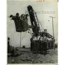 1929 Press Photo Steam Shovel with Band Playing & Girls in Scooper - nee31843