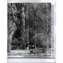 1961 Press Photo Nurse-maid to John Kennedy Jr., Glen Ora Woods, Virginia