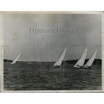 1934 Press Photo Long Island Sound yacht race team at Bermuda - nes27552