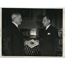 1932 Press Photo Major Max Vivier hands his book to John Pershing in Washington