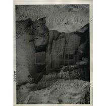 1941 Press Photo Inside operations at the Gibraltar with the tunneling operation
