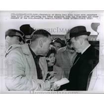 1962 Press Photo Dean Rusk talks with reporters after Cuba situation, Hyannis