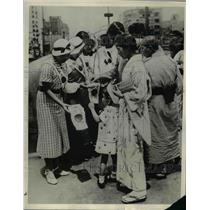 1937 Press Photo High School girls collecting money to support war in Tokyo