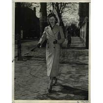 1937 Press Photo Mrs. James Roosevelt, one of Washingtons best dressed.