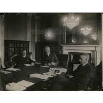 1920 Press Photo Senator Page, Senator Calder & Senator Kenyon in Meeting