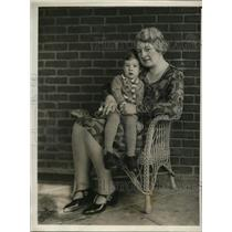 1930 Press Photo Philadelphia Mrs VE Hogstrom & son Donald - nex80433
