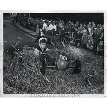 1935 Press Photo Germany's Annual Soap Box Derby Harold Heusslein Crashed