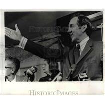 1970 Press Photo Senator Edmund Muskie of Maine Celebrates Election Win