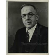 1940 Press Photo The late Willis Gregg of the weather B - nee47222
