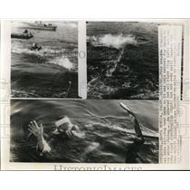 1960 Press Photo Santa Monica California Santa Trying To Swim. - nee56739