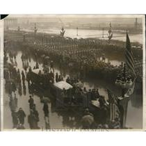 1926 Press Photo Midshipmen and Cadets parade on Michigan Boulevard. - nee54528
