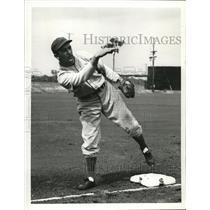 1940 Press Photo Giants 2nd Baseman Mickey Witek