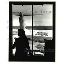 1989 Press Photo Continental flight attendants returned to work in droves