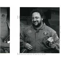 1991 Press Photo Mike Sangiacomo after Russian Mig 29 Fulcom flight
