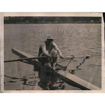 1923 Press Photo Hilton Belyea Champion of Canada's single scullers.