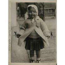 1919 Press Photo Baby Violet Becker Ottawa Canada arrival frm England