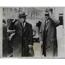 1934 Press Photo Captain Iwashita & Mr Mizote at Naval Conference  - nee61407