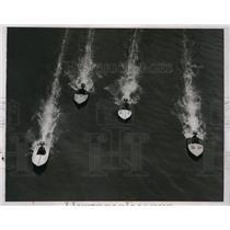 1935 Press Photo Lipton Cup power boat race Philadelphia Lewis Carlisle wins