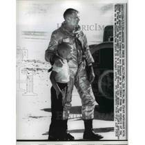 1962 Press Photo Major Bob White Astronaut & 7 Year Old Son Gregory - nee75298