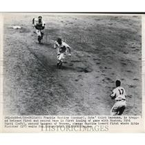 1949 Press Photo Chicago Frank Gustine of Cubs vs S Sisti, Elbie Fletcher Braves