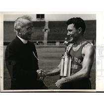 1938 Press Photo Archie San Romani wins All Star Track meet at Hibernian meet NY