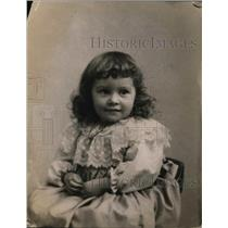 1920 Press Photo Curly-Haired Girl  - nee60227