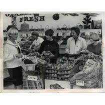 1960 Press Photo L-R Gail Hogg,Elsie Watson,Mrs. William Mathers & Barbara Berry