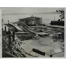 1934 Press Photo Seattle-Damage in Lake Washington House Boat Colony.