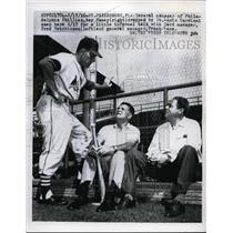 1956 Press Photo Phillies manager Roy Hamey & Cardinals manager Fred Hutchinson
