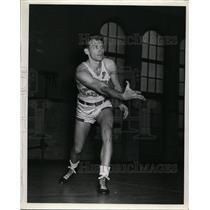1942 Press Photo University of Southern California basketball guard Red Gossard