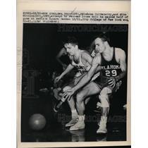 1948 Press Photo OK U Ken Pryor vs Mike Wittlin of CCYN at New York City game