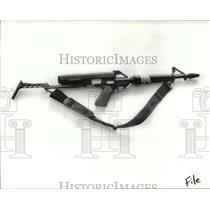 1989 Press Photo Semi Automatic weapons, Confiscated by Police - cva80064