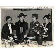 1938 Press Photo Mrs John Garner wife VP(L) Mrs E. Smith, Cordell, Harrison