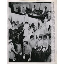 1951 Press Photo U.S.S. Oriskany crew screenec to give blood for Korean wounded