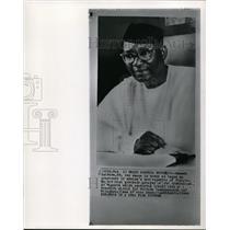 1963 Wire Photo Nnamdi Azi kiwe sworn as Pres of Africa's republic of Nigeria