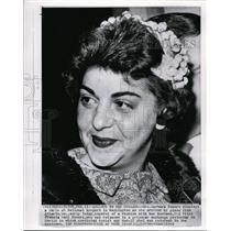 1962 Wire Photo Mrs Barbara Powers anxious to see husband Pilot Francis Gary