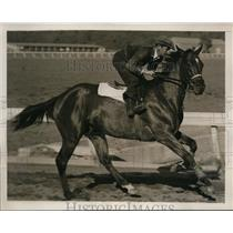1939 Press Photo Exercise boy Pat Prelan on Porters Mite at Churchill Downs KY