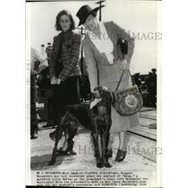 "1938 Wire Photo Mrs. Roosevelt was very concerned about the welfare of ""Slug"""