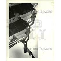 1985 Press Photo The Golden knights during a parachute jump - cva80575
