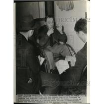 1938 Wire Photo Sgt Crawford Shaeffer, who served Gen JJ Pershing, on press