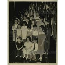 1934 Press Photo Children of Diplomats Extend Christmas Greetings to US