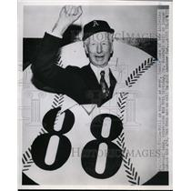 1960 Press Photo Connie Mack of the Athletics turns 88 in Philadelphia